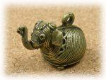インド先住民族ドクラの鋳造工芸品 ミニ動物 ゾウ MTB-1010