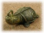 インド先住民族ドクラの鋳造工芸品 ミニ動物 カメ MTB-1065