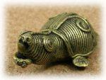 インド先住民族ドクラの鋳造工芸品 ミニ動物 カメ MTB-1079