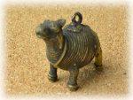 インド先住民族ドクラの鋳造工芸品 ミニ動物 ラクダ MTB-1164