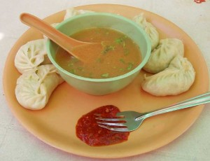 インドの餃子「モモ」