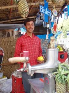 インドの生ジュース屋