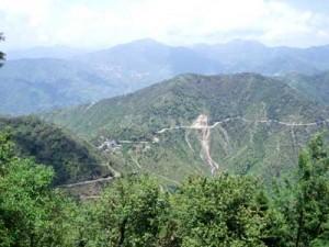 インド・リシケシの山