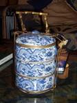 インド、陶器の弁当箱