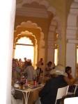 インド、ジョドプールのメヘランガル城塞内のレストラン
