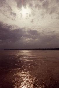 インド・ヴァラナシのガンジス河