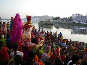 インド・ウダイプールのメーワール祭り