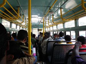 インド・ゴア州パナジのバス