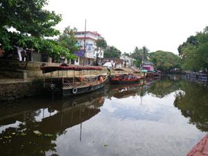 インド・アレッピのボート