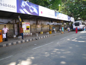 インド・トリヴァンドラムのバス停