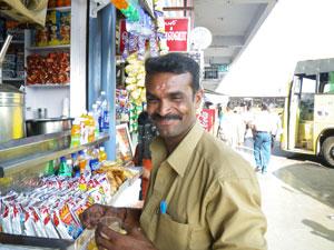 インド・マドライ行のウルトラデラックスバス