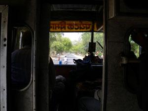 インド・アラハバードからヴァラナシをバスで目指す