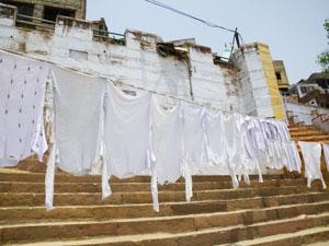 インド、ヴァラナシの洗濯場