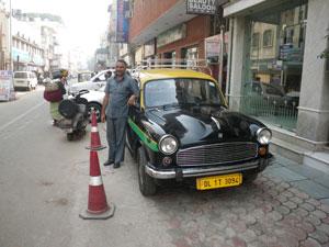 インドのアンバサダーのタクシー