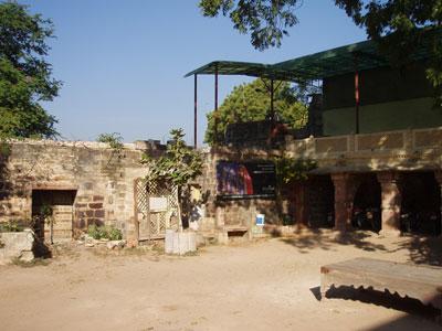 インド、ブジのトラベルインフォメーションオフィス