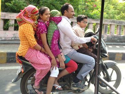 インド、バイクの5人乗り