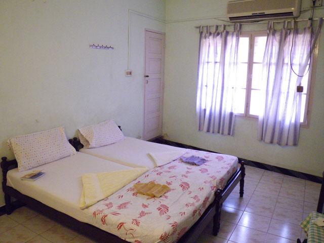 南インド、ケララ州、フォートコーチンの宿と食堂