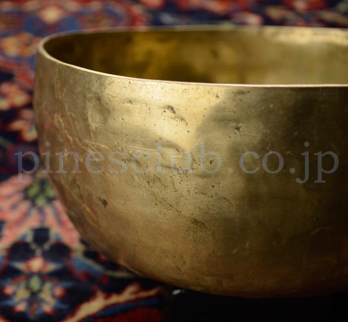 インド・真鍮製のシンギングボウル