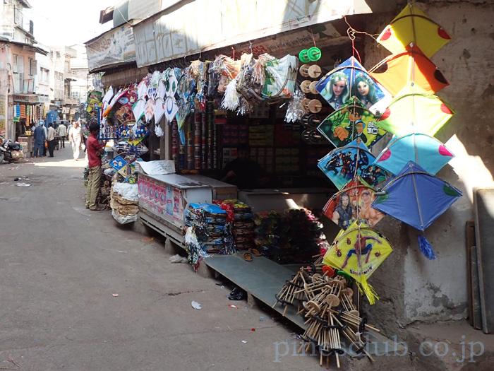 インドの凧専門店