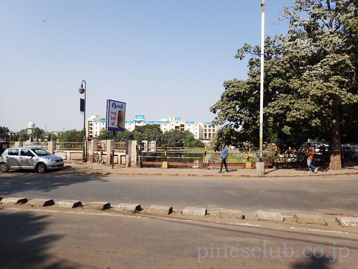インド・バーヴナガルの街を歩く