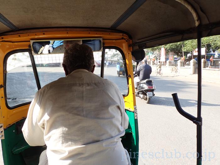 インド・バーヴナガルのオートリキシャ