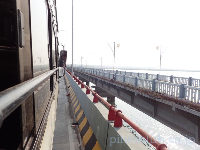 インド・ディウに渡る橋