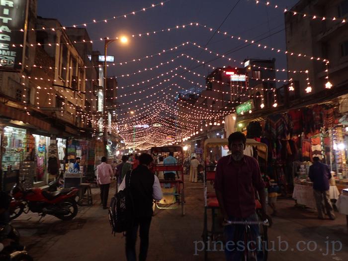 インドのお正月、ディワリの電飾飾り