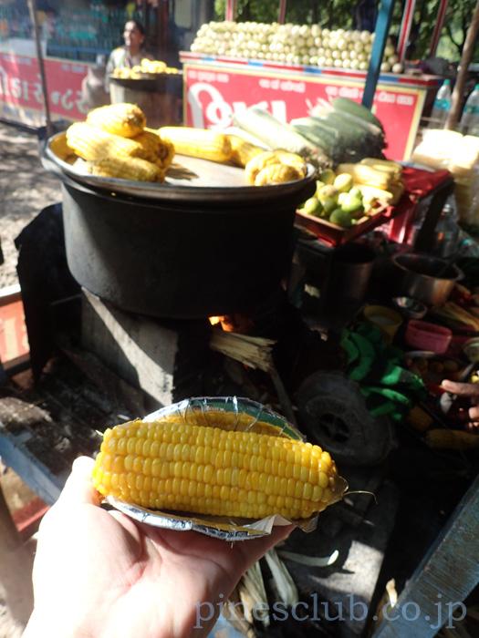 インド、グジャラートのトウモロコシ