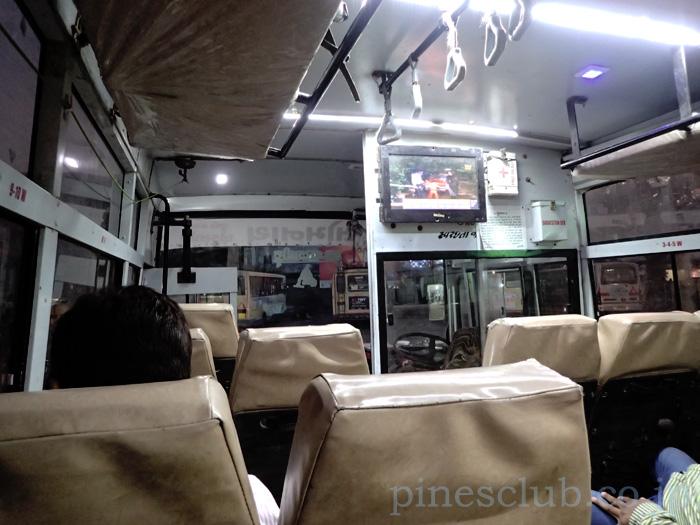 インド、ジュナーガル発ドワルカ行のバス