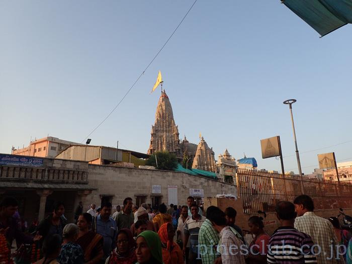 インド、ドワルカのヒンドゥー寺院Dwarkadhish Temple