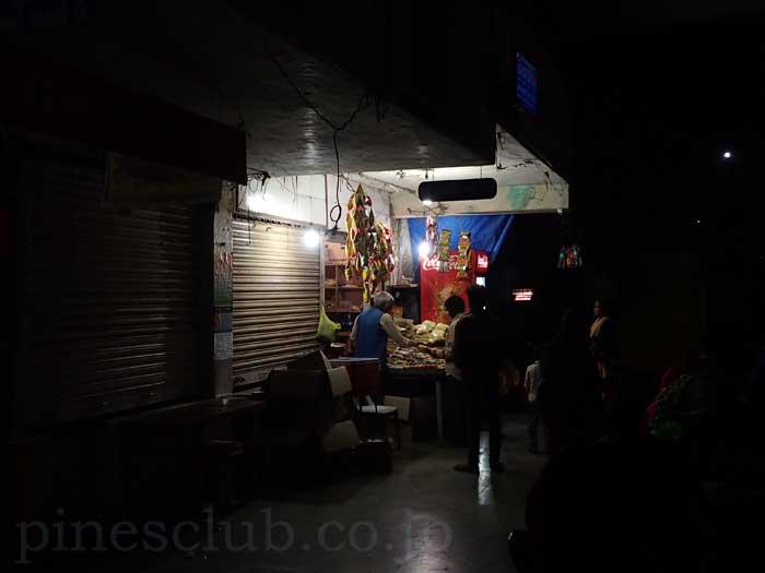 インド、グジャラート州、ジャムナガルのバススタンド