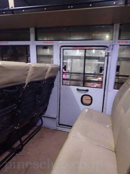 インド、グジャラート州営バス