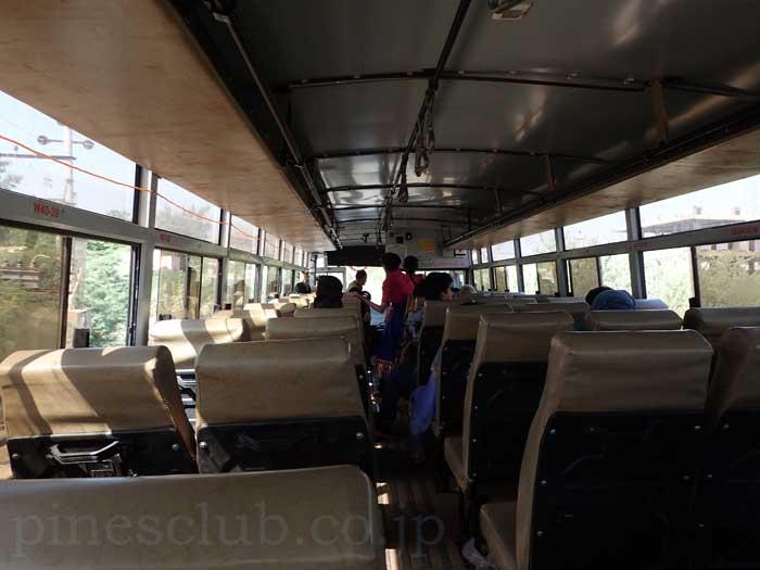 インド、グジャラート州営の路線バス