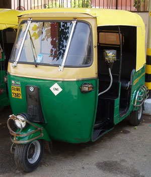 インド・CNG仕様のオートリキシャ