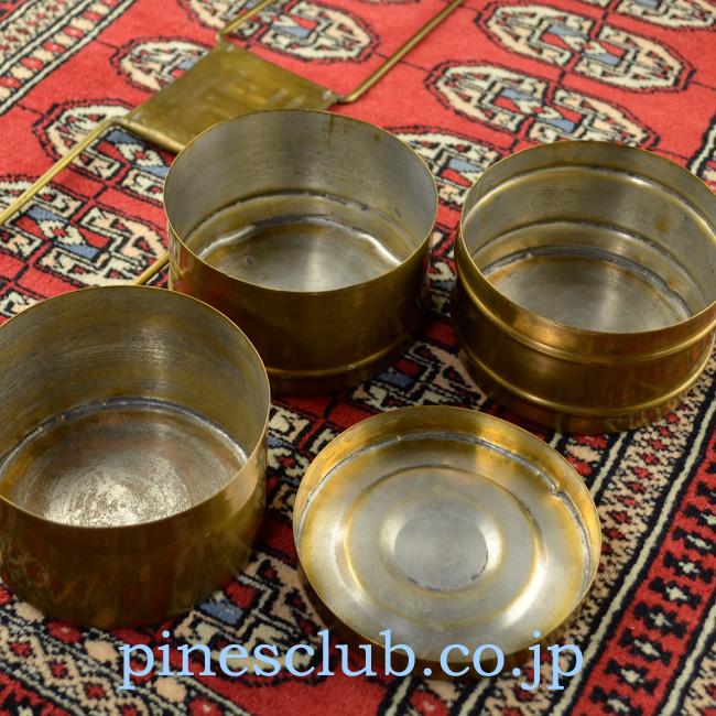 インドの真鍮製弁当箱展開